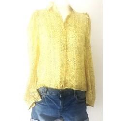 yellow shirt